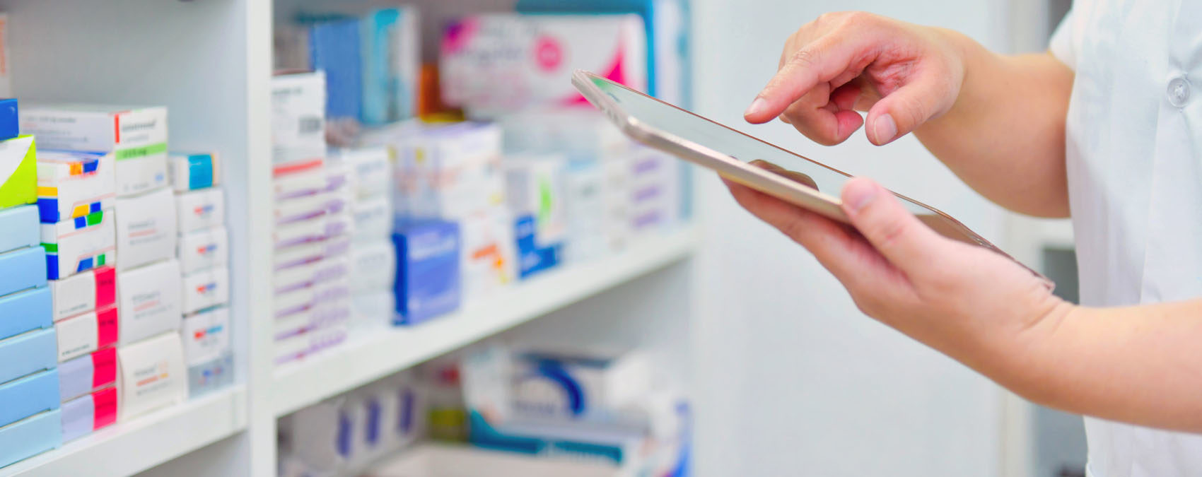 How a New Jersey Pharmacy Used Curbside Pickup to Keep Doors Open during COVID-19